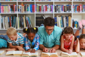 Los Angeles Library Let Kids Read To Pay Their Late Fee