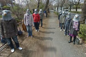 Funny People Captured On Google Street View