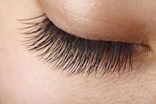 Grow Thick And Long Eyelashes Fast