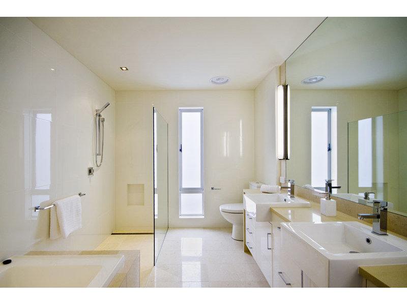 Keep Your Bathroom Sparking Clean